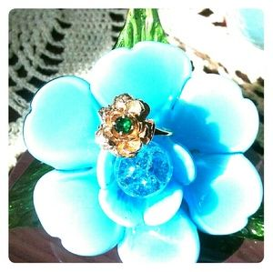 Jewelry - Pretty Rose Ring